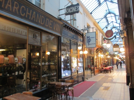 In the oldest arcade of Paris the freshest cuisine: Racines.